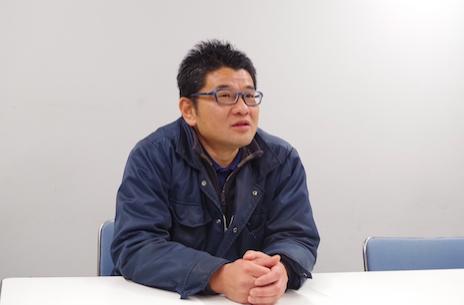 業務改善などシステム関係を統括する佐藤係長